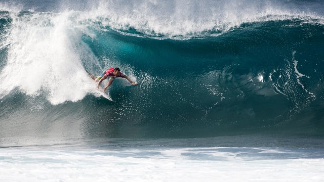 6c6dab7bad5e6e Parkinson Wins Billabong Pipe Masters to Clinch 2012 ASP World Title - Vans  Triple Crown of Surfing hydrated by vitaminwater